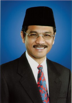 Gubernur Sumbar H Gamawan Fauzi SH MM (1)